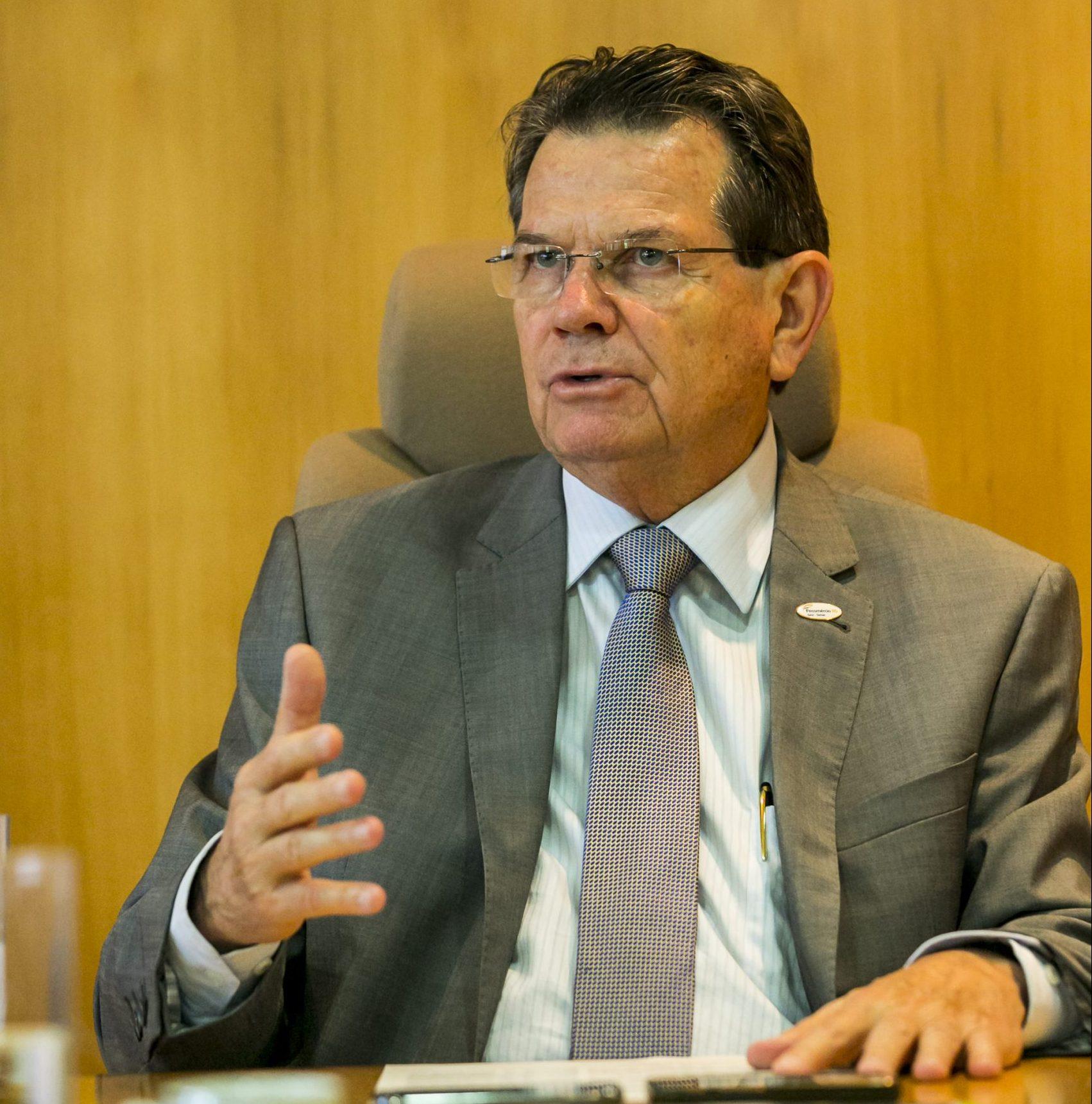Artigo Luiz Carlos Bohn: Salvando pessoas e empresas
